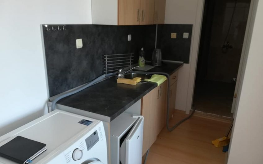 1 bed fully furnished apartment with balcony & pool view