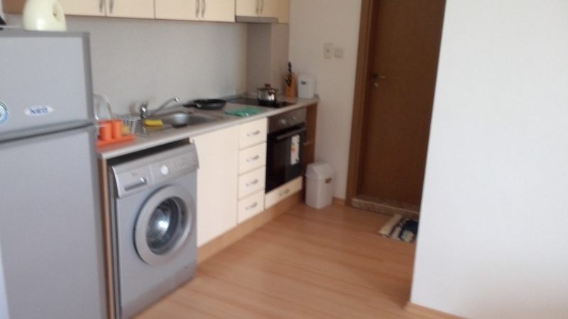 1 bed furnished apartment with balcony