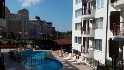 1-bedroom apartment in Vista del Mar complex