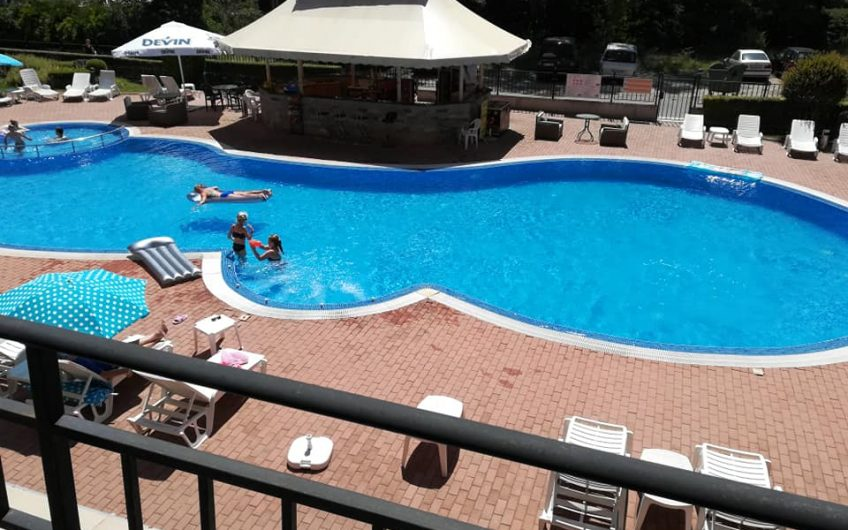 2nd floor overlooking the pool this 2 bed 2 bathroom apartment comes fully furnished