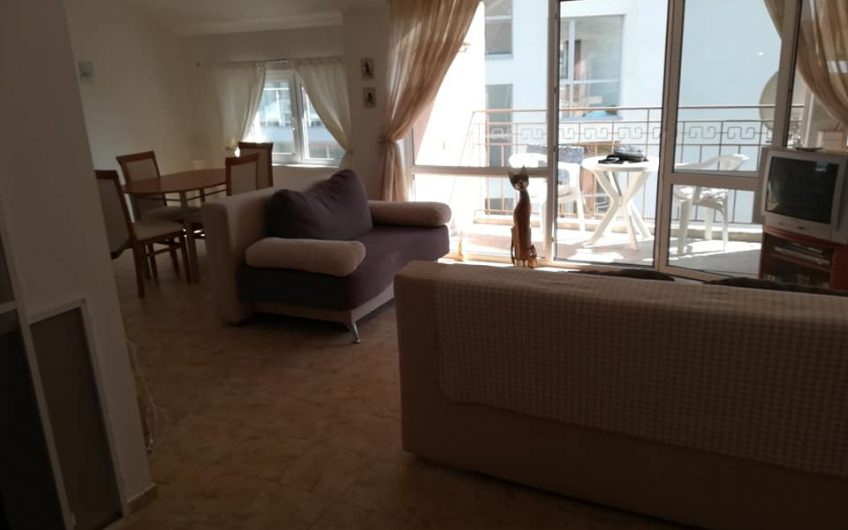 A 1 bed fully furnished apartment set on the 4th floor, Sun terrace with partial sea views