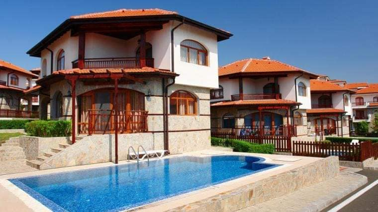 A 2 bed 3 bathroom villa with pool at the vineyards luxury spa resort