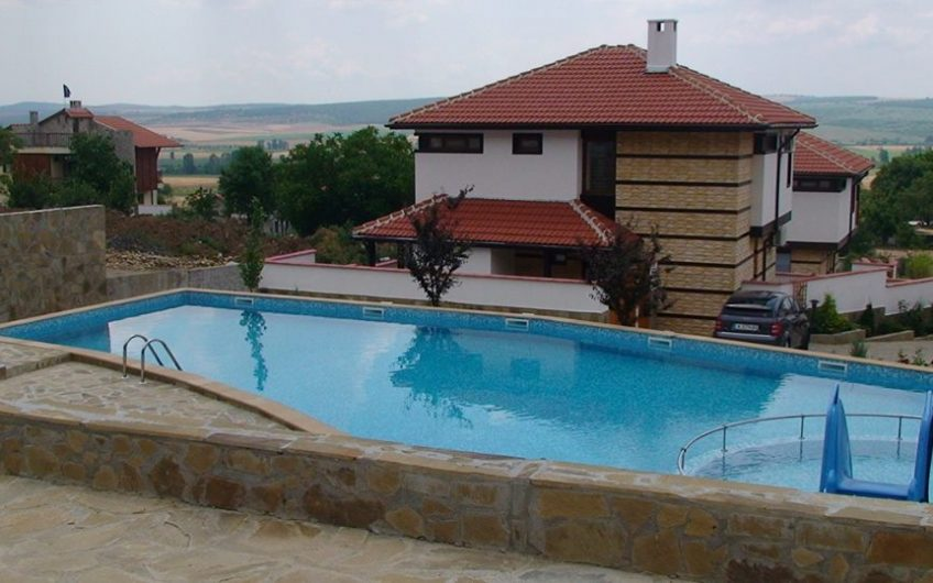 A 2 bed villa with fabulous panoramic views
