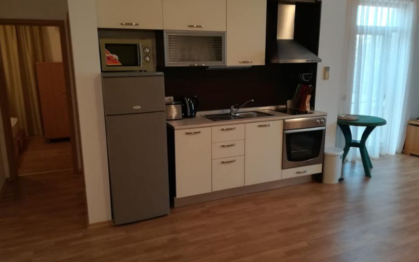 A fully furnished 2 bed 2 bathroom apartment with large balcony on the 1st floor.
