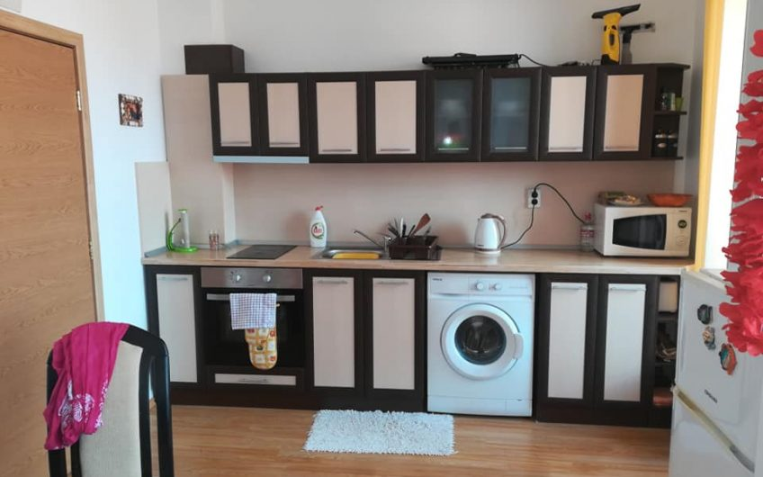 A large 2 bed fully furnished apartment, Top floor with large balcony
