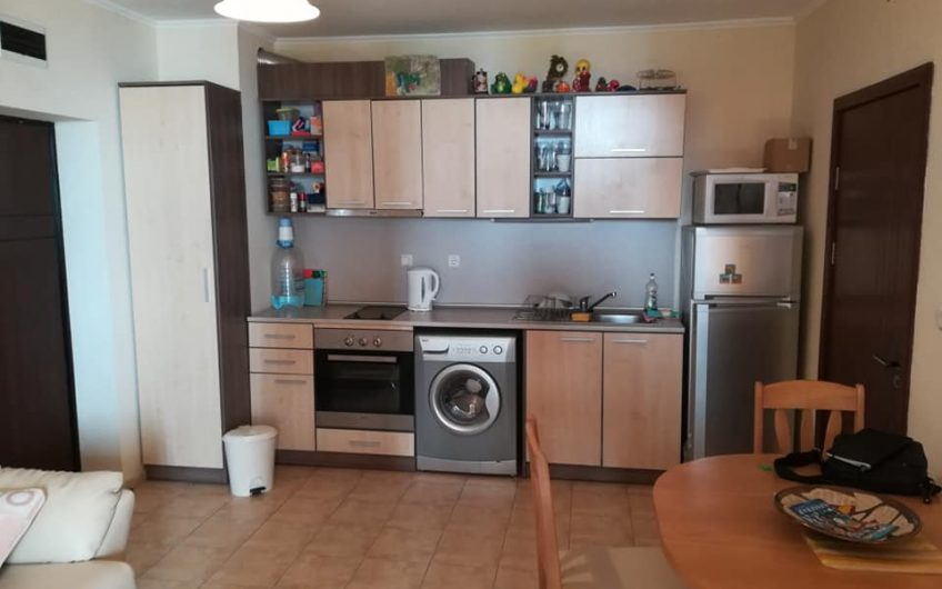 A lovely 1st floor apartment with 2 bedrooms, 2 bathrooms 1 of which is en-suite