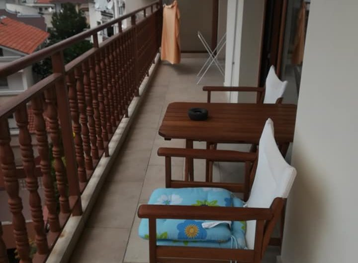 A one bed apartment in a private block in St Vlas with the added bonus of no yearly fees