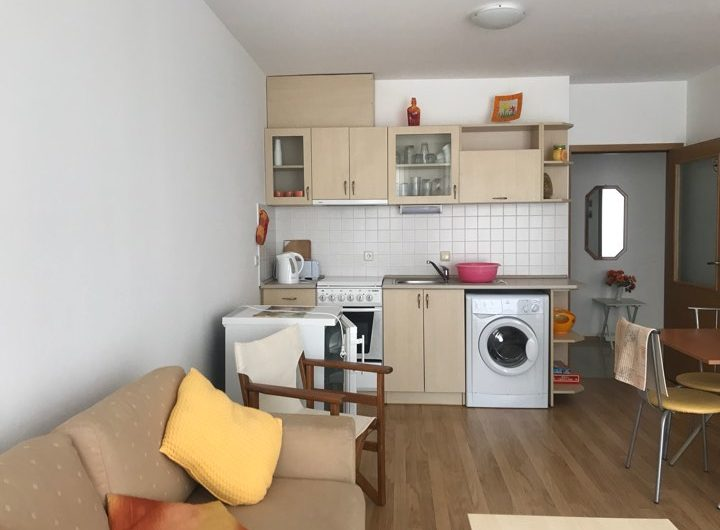 A one bed ground floor fully furnished apartment at St Vlas , Sea View Complex