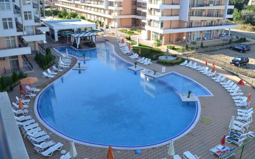 A spacious 2 bed 2 bathroom fully furnished apartment