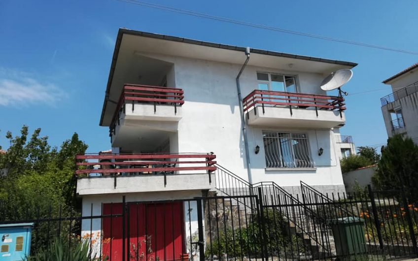 A substantial 3 bed family home located at Tankovo