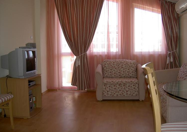 Amadeus Complex, Fully furnished 1 bed Apartment