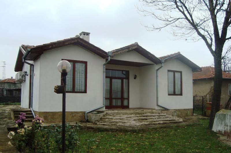 Amazing offer- two houses for the price of one in Varna region