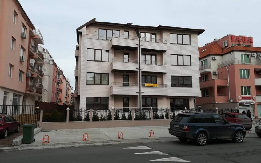Brand new apartments at Ravda, Only 70 m to the beach