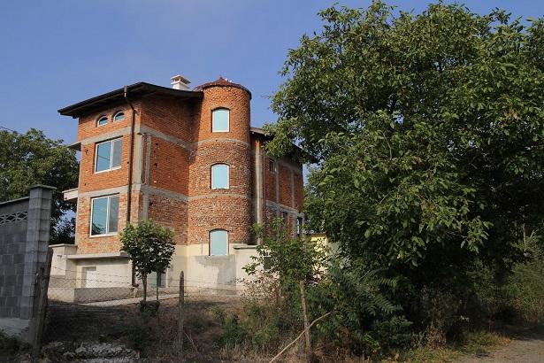 Dyulevo, Burgas. New build 3 story house