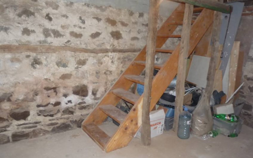 Fakiya, Burgas Region, Part Renovated 2 Bed House