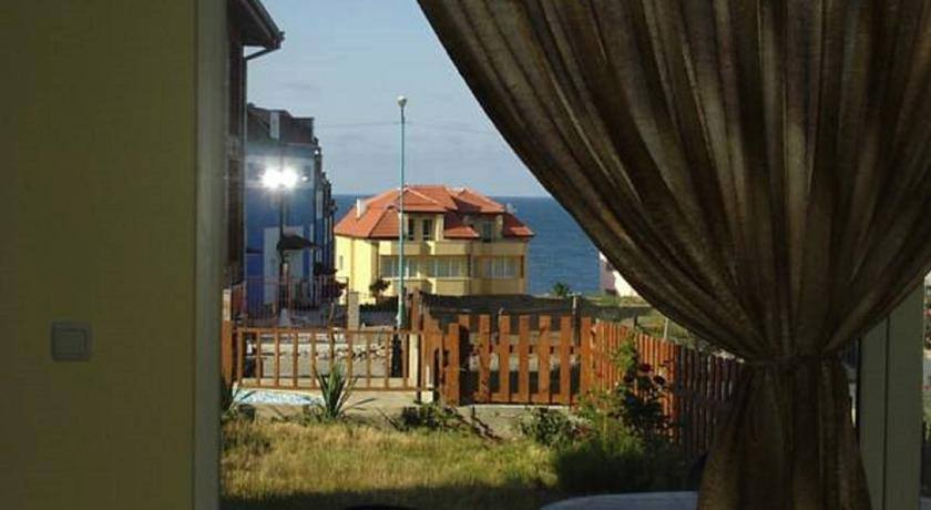 Guest House Or Family Home , A rare Opportunity At Sozopol