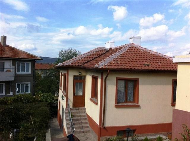 Malko Turnovo, Two-storey renovated and fully furnished house . 4 bed, 2 bathrooms, Living area 180 Sq M