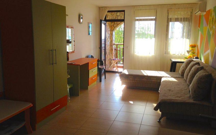 Modern 1-bedroom Apartment with sea view in Etara 3, Sveti Vlas