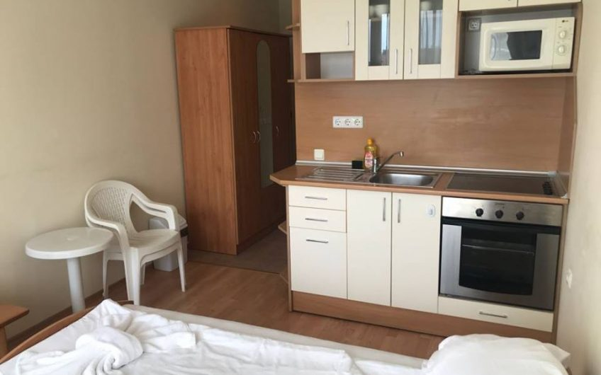 Nessebar Fort Club, Sunny Beach, Fully furnished 2nd floor studio apartment