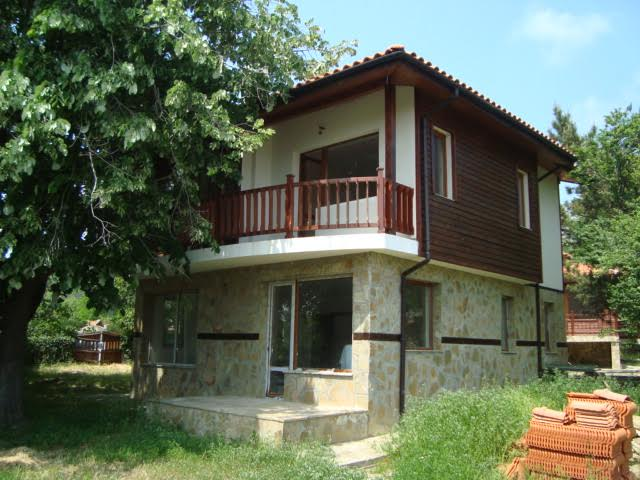 Newly built two-storey house for sale in the village of Goritsa