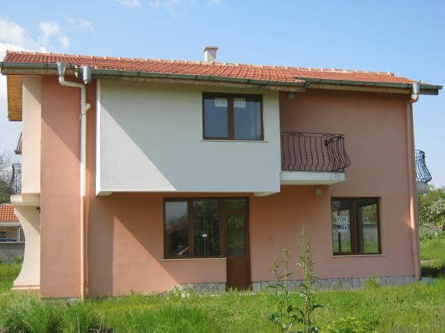 Newly built two-storey house for sale in the village of Poroi
