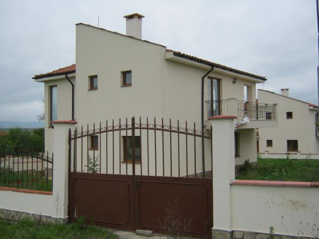 Newly built two-storey houses in a small complex located in the village of Alexandrovo