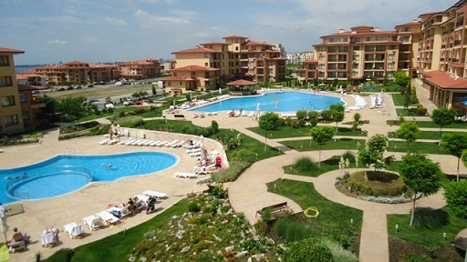 One Stop Property are pleased to offer you this 1 bed fully furnished apartment at Magic Dreams complex St Vlas