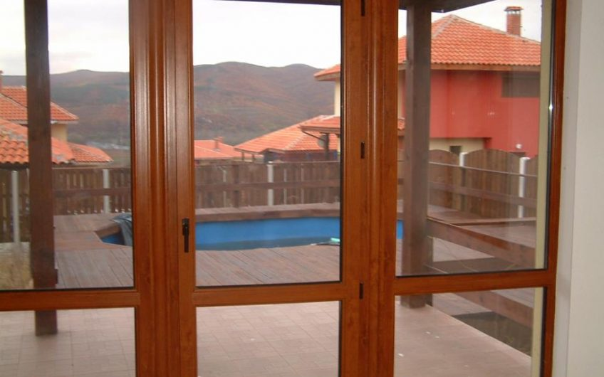 One Stop Property are pleased to offer you this luxurious two storey house at Sliven