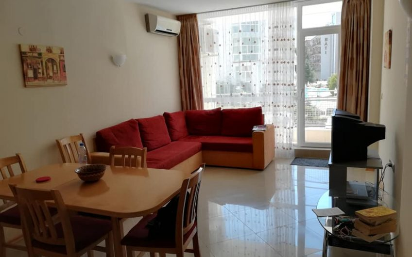 Spacious two-bedroom apartment in gated complex Sunset Beach 2