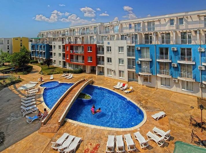 Sunny Day 3 Complex,1 Bed Fully Furnished , Not to be missed