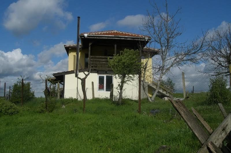 Two-storey renovated house for sale in the village of Bogdanovo