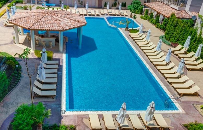 We have available 3 furnished apartments at the lovely Dawn Park complex in Sunny Beach