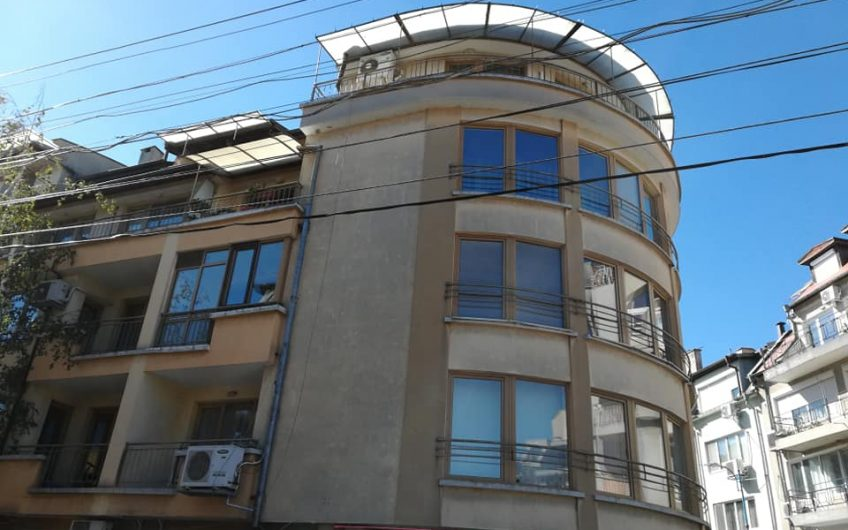 A 2 bed apartment in the very center of Burgas city.