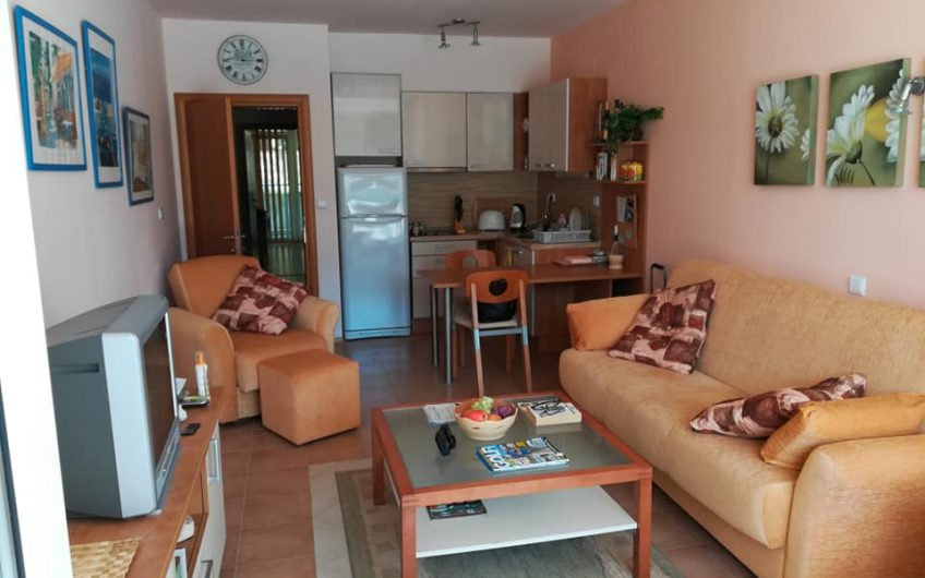 A front line 1 bed fully furnished apartment at Lucky 2 complex Sveti