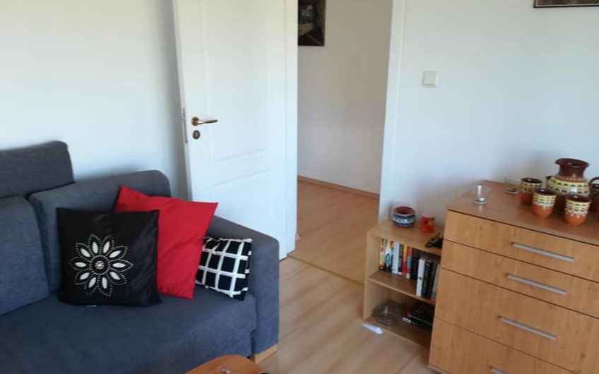 An absolute bargain 2 bed furnished apartment !