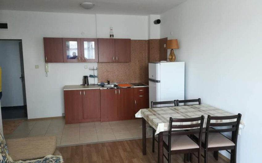 Cheap 1-bed apartment, Great location by the Action Aqua park.
