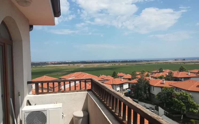 A 1 bed fully furnished apartment at the luxury vineyards resort with fabulous views
