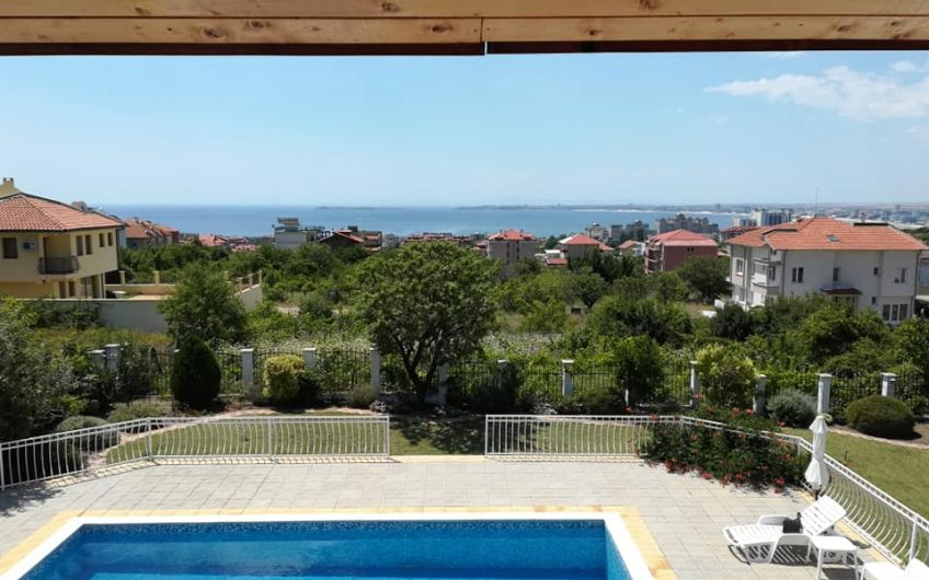 Instraki, Sveti Vlas. 4 bed 3 bath. Sold fully furnished. Large pool, Fantastic views!