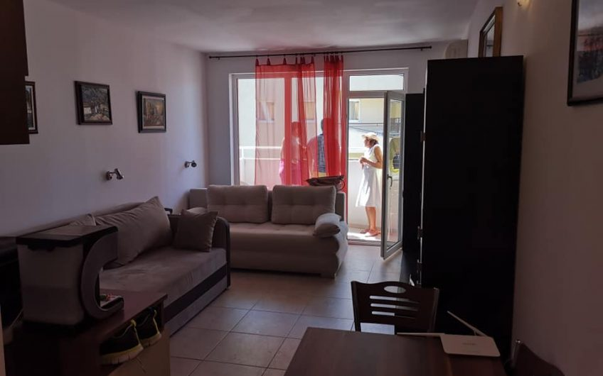 Orange residence, Central Sunny Beach. A studio apartment on the 3rd floor with balcony & lift.