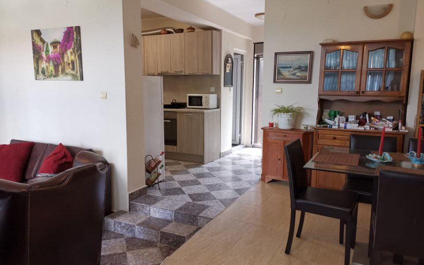 3 bed 2 bath fully furnished semi-detached home in the peaceful village of Poroy just 15 minutes from Sunny Beach.