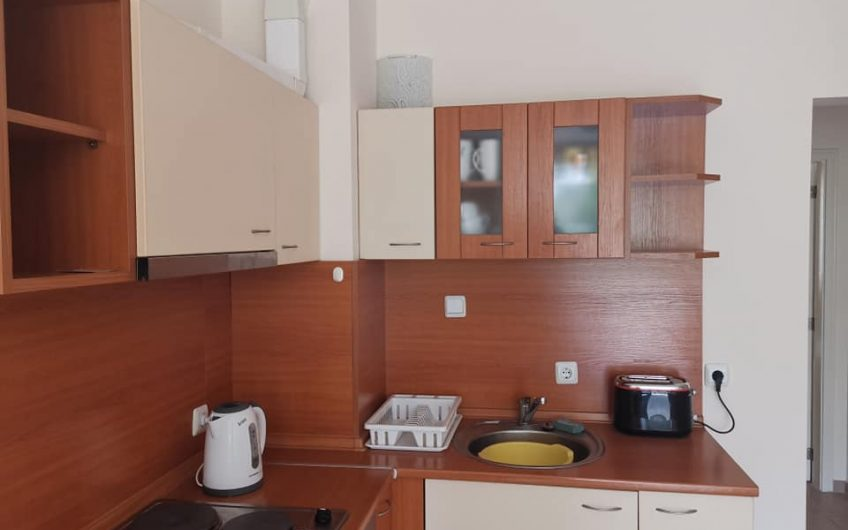 Price Reduction ! Large 2 bed fully furnished apartment at Sea Dreams complex. Central Sunny Beach.