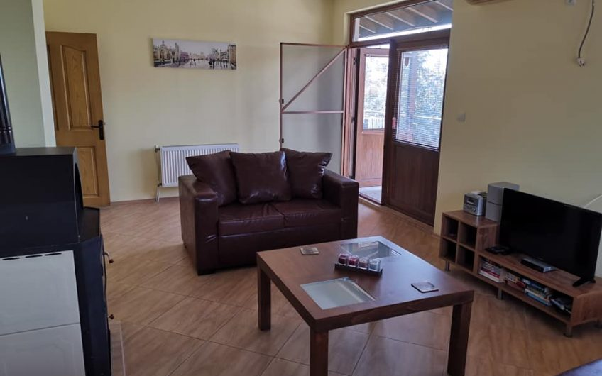 Kosharitsa, A 3 bed 2 bathroom family home , Not on a complex !