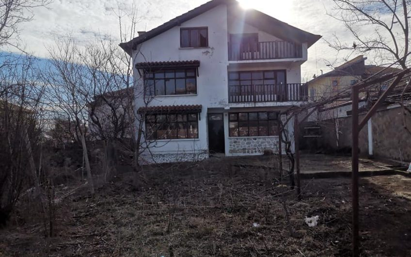 A huge detached property in the popular village of Tankovo just 10 minutes from Sunny Beach.