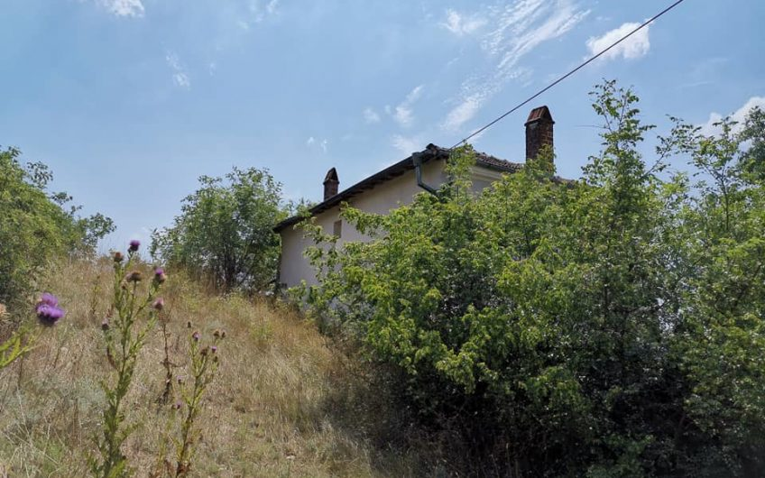 A 3 bed home in the village of Bistrets, Burgas region. work required.