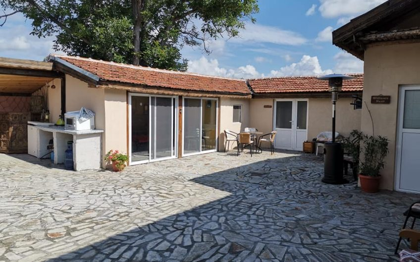 A 5 bed 3 bathroom home with summer kitchen, Outbuildings & a large garden just 15 minutes from Sunny Beach.