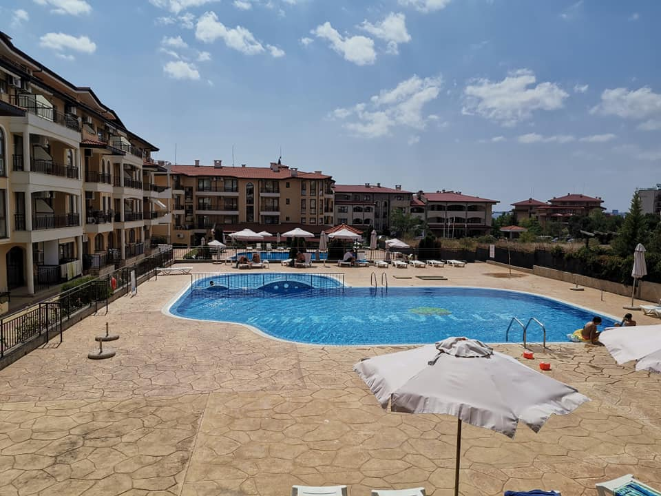 Aqua Dreams Sveti Vlas. A 1st floor fully furnished studio apartment with balcony.