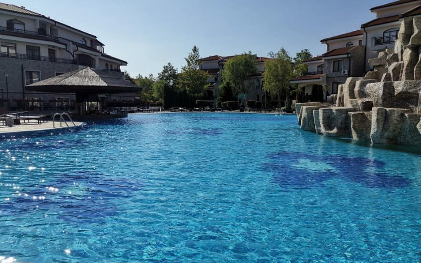 The Vineyards luxury spa resort, Aheloy  A 1 bed fully furnished apartment with pool views.