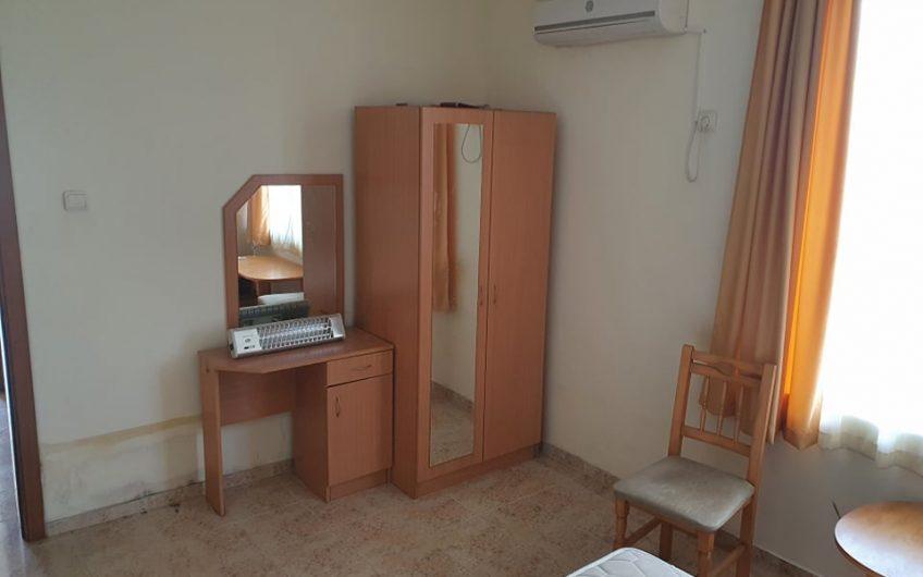 Rutland Bay, Ravda, A 1 bed frontline apartment requiring refreshment !