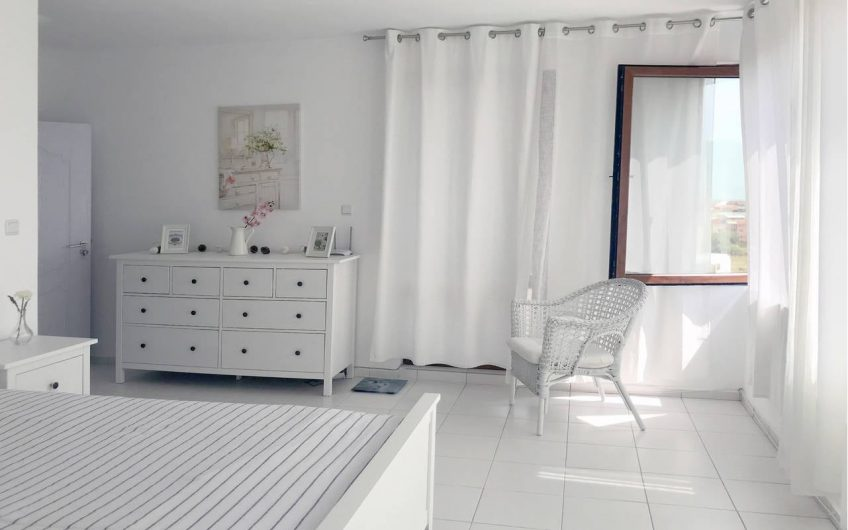 New, modern house with three bedrooms, pool, sauna and sea view, Sozopol