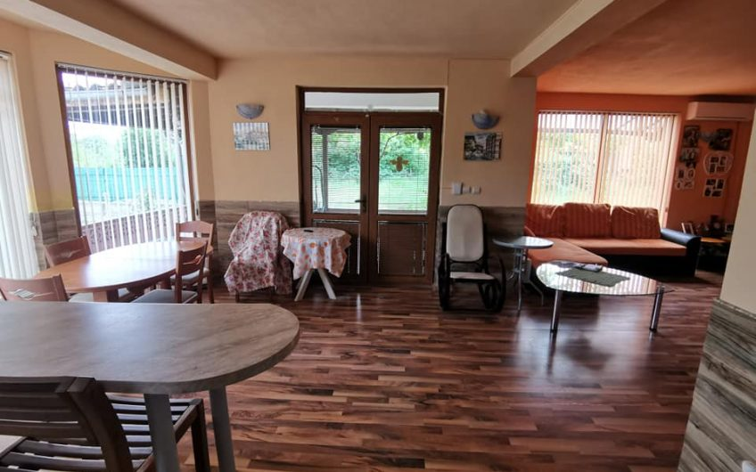 A 3 bed 2 bathroom fully furnished house in the village of Orizare. 15 minutes from Sunny Beach.